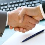 Hledám finanční výpomoc – doplacení úvěru